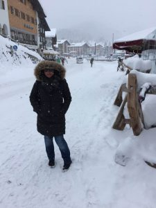 Snowing in town - Lech