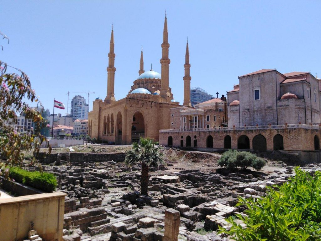 Mosque, cathedral and Roman ruins are next to each other in Beirut